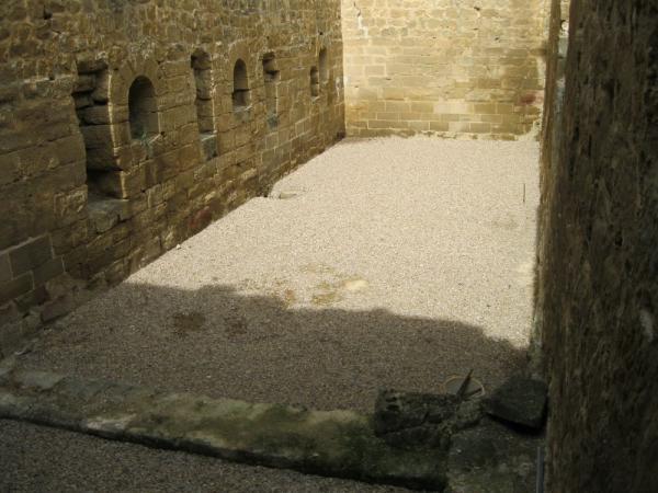 Acondicionamiento del suelo de las salas Sala del castillo , creada por Raúl el 14/06/2011