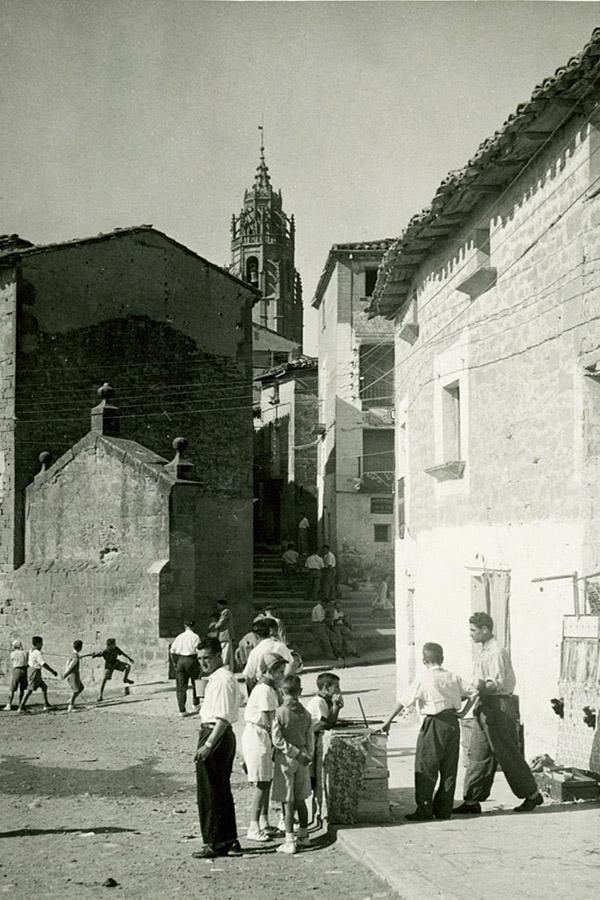 Vista de la torre de la iglesia Foto antigua Sadaba , creada por Juan Carlos Iguaz Esteban el 02/08/2011